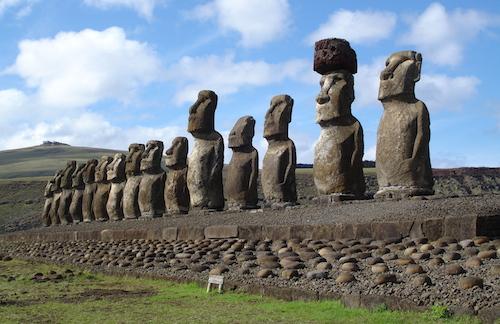 Easter_Island_Ahu_(2006)